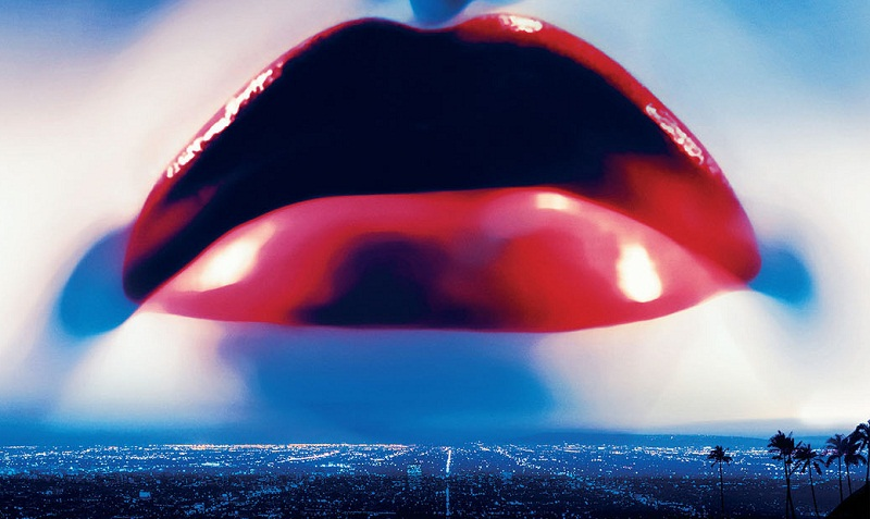demonlips-drive-director-s-next-film-the-neon-demon-has-keanu-reeves-and-christina-hendricks-in-its-clutches-jpeg-251160